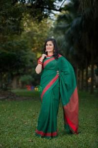 Half Silk Green Red Chumki Saree With Blouse Piece
