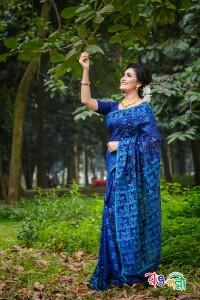 New Halfsilk Jamdani Navy-Blue Feroja Leaf Color Saree