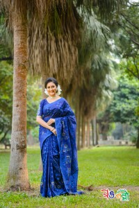 New Halfsilk Jamdani Deep Navy-Blue With Tulip Color Saree