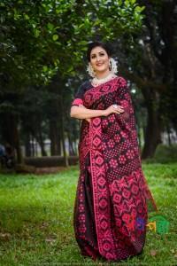 New Half Silk Jamdani Black With Box Majenta Jamdani Color Saree