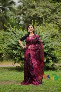 New Halfsilk Jamdani Black Majenta 7 Star Color Saree