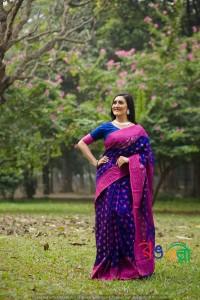 New Halfsilk Jamdani Blue With Pink Color Saree