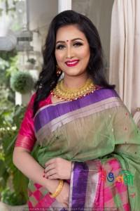 Half Silk Kolapata Check Saree With Blouse Piece