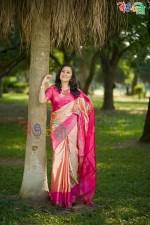 Piece Golden Color Silk Saree With Blouse Piece