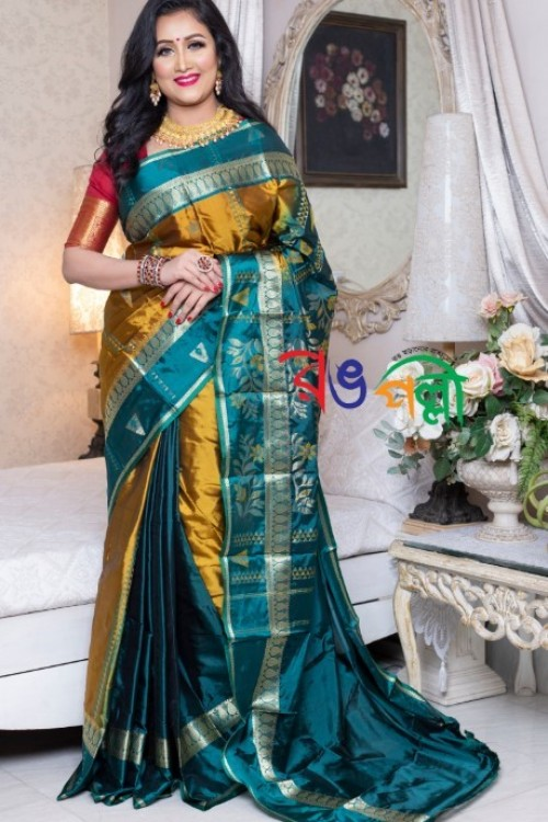 Olive With Green Color Silk Saree With Blouse Piece