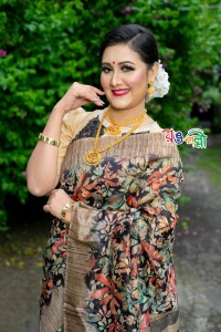 Biscuit Golden Color Rajshahi Flora Silk Saree With Blouse Piece